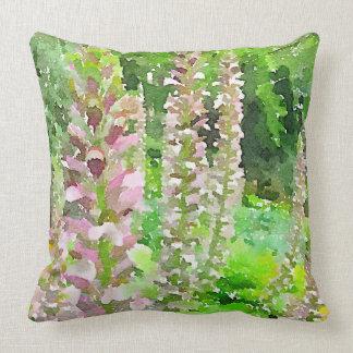 Almofada O Lupine da aguarela floresce o jardim do banco de