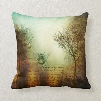 Almofada O travesseiro decorativo das árvores da abelha