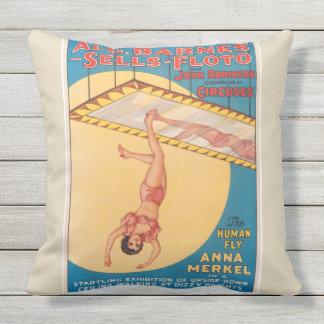 Almofada O travesseiro humano do poster do circo da mosca