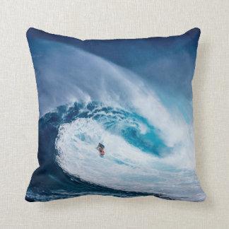Almofada Onda grande que surfa o travesseiro decorativo de