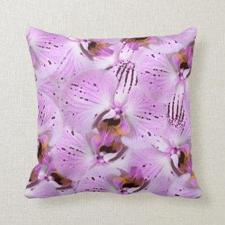 Almofada Orquídeas da ameixa