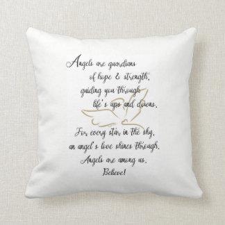 Almofada Os anjos são guardiães da esperança & da força.