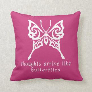 Almofada Os pensamentos chegam como borboletas