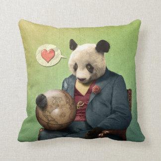 Almofada Panda sábia: O amor faz o mundo circundar!