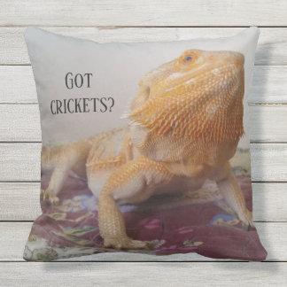 Almofada Para Ambientes Externos Design farpado engraçado da foto do dragão