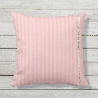 Almofada Para Ambientes Externos HAMbyWG - travesseiro   - listras pequenas feitas