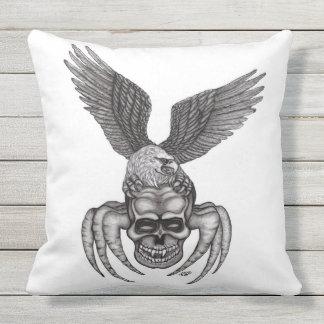 Almofada Para Ambientes Externos Spiderskull com Eagle