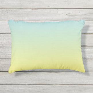Almofada Para Ambientes Externos Travesseiro exterior azul e amarelo de Ombre