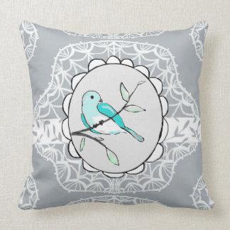 Almofada Pássaro reversível no travesseiro do laço do ramo
