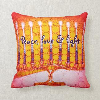 """Almofada """"Paz, amor &"""" foto vermelha clara de Hanukkah"""