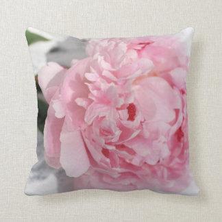 Almofada Peônia cor-de-rosa, travesseiro do jardim