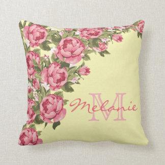 Almofada Peônias cor-de-rosa dos rosas do vintage, luz -