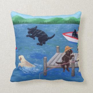 Almofada Pintura de Labradors do divertimento do lago