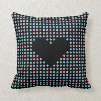 Almofada Polca pontilhado com o coração preto ambo lado