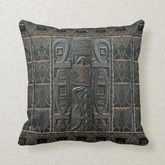 Almofada Porta africana que cinzela o travesseiro do