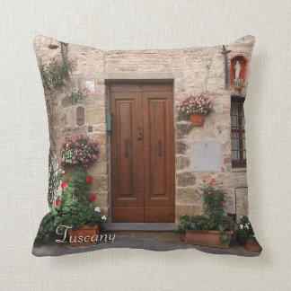 Almofada Porta de madeira Toscânia Italia personalizada
