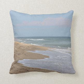 Almofada Praia e ondas do oceano