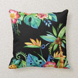 Almofada Preto floral tropical da aguarela
