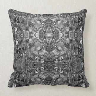 Almofada Quartzo abstrato preto e branco