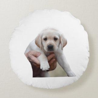 Almofada Redonda Filhote de cachorro amarelo do laboratório que