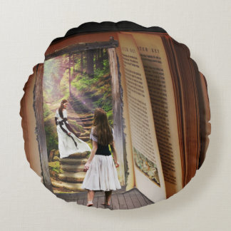 Almofada Redonda Obtenção perdido na imaginação quando livro de