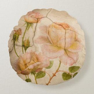 Almofada Redonda Peônias românticas do rosa do chique do vintage
