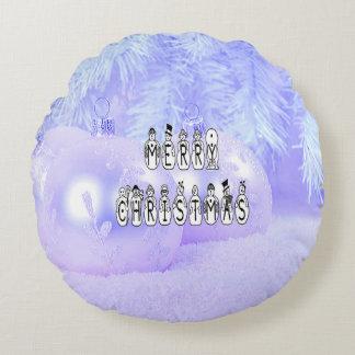 Almofada Redonda Pessoas da pia batismal da neve do Feliz Natal,