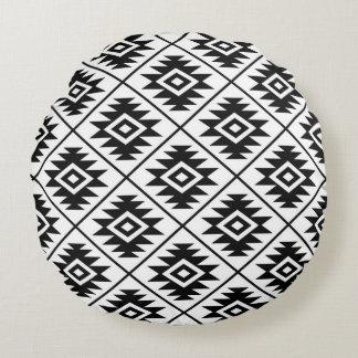 Almofada Redonda Preto estilizado do teste padrão do símbolo asteca