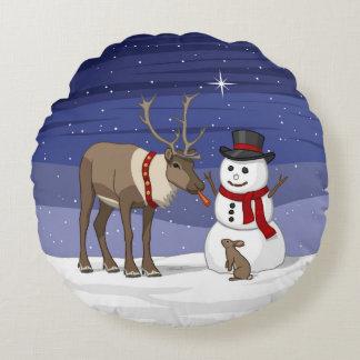 Almofada Redonda Rena que dá o nariz da cenoura do boneco de neve