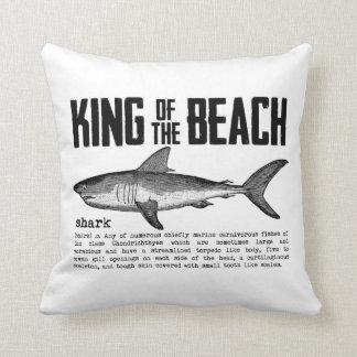 Almofada Rei da praia do tubarão do vintage