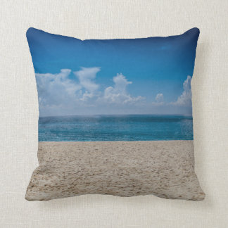 Almofada Reversible azul do litoral de Sandy do horizonte
