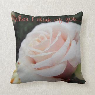 Almofada Rosa branco