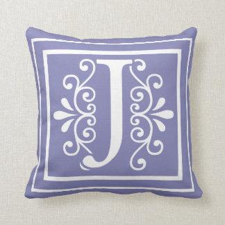 Almofada Roxo da pervinca do monograma da letra J