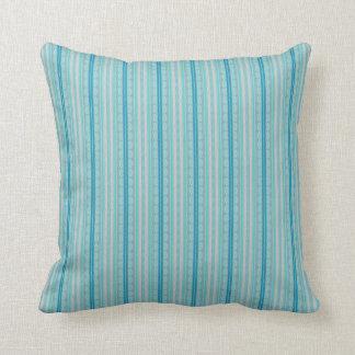 Almofada Scallops e travesseiro decorativo das listras