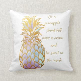 Almofada Seja um travesseiro decorativo do abacaxi