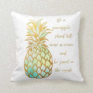 Almofada Seja um travesseiro decorativo do abacaxi nos tons