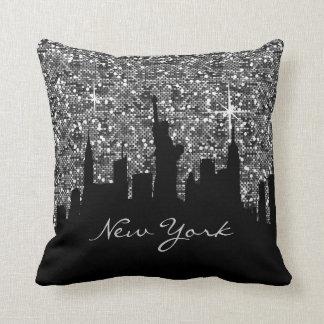 Almofada Skyline preta e de prata de New York do brilho dos