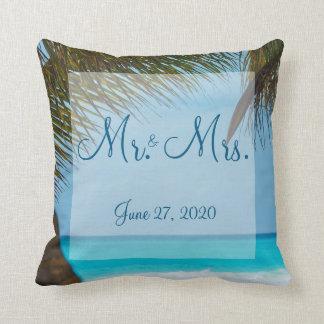 Almofada Sr. e Sra. palmeiras em travesseiros do casamento