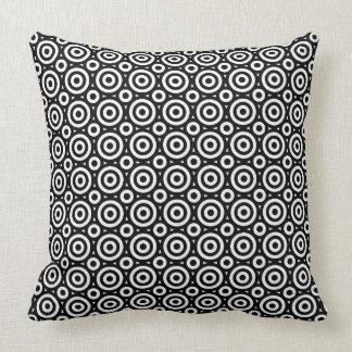 Almofada Teste padrão geométrico preto & branco dos
