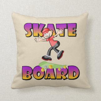 Almofada Texto do skate na cor violeta e alaranjada com