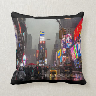 Almofada Times Square chuvoso