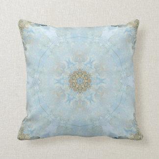 Almofada Travesseiro azul com cantos dourados
