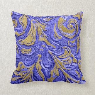 Almofada Travesseiro azul do teste padrão de couro da folha