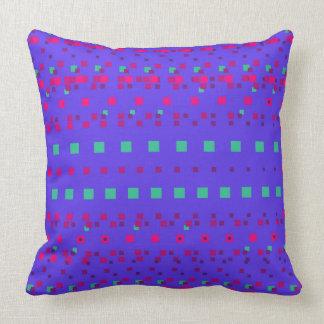Almofada Travesseiro azul e cor-de-rosa dos quadrados