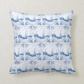 Almofada Travesseiro branco azul do azulejo do falso do