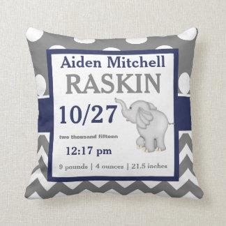 Almofada Travesseiro cinzento do anúncio do bebê do