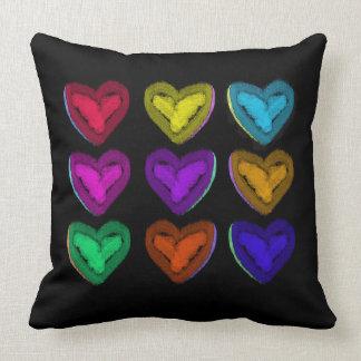 Almofada Travesseiro colorido | que dos corações você