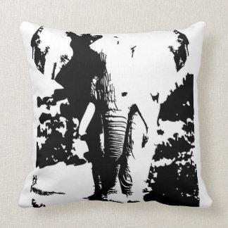 Almofada Travesseiro com o elefante preto e branco do