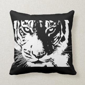 Almofada Travesseiro com o tigre preto e branco do