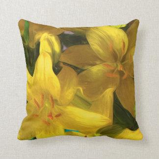 Almofada Travesseiro com os lírios amarelos pintados